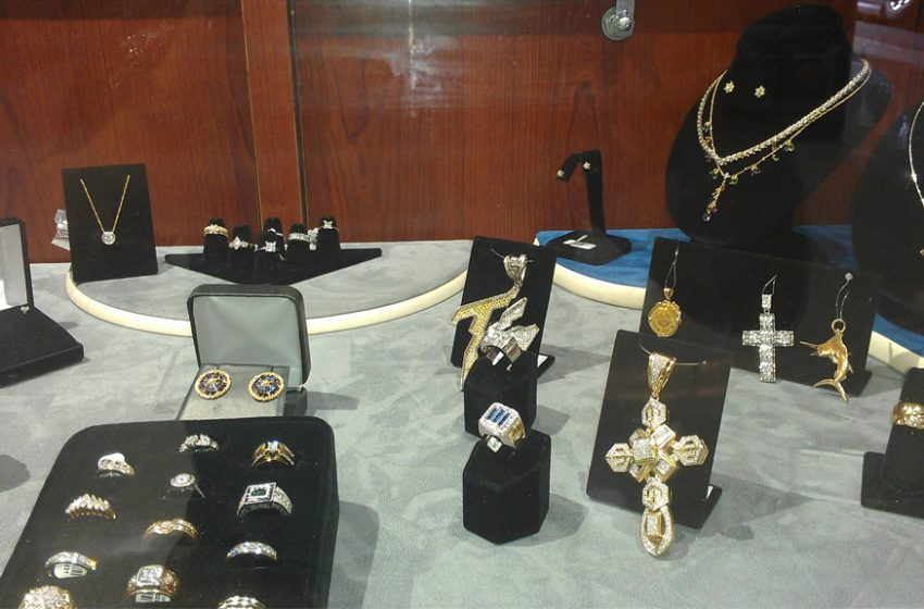 How to Pawn Your Jewelry at Pawn Shops of Florida?